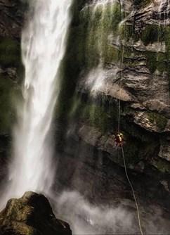 Nepal Canyoning Expedition - Chamjé Khola- Brno -Expediční klubovna, Jezuitská 1, Brno