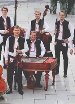 Folklorní večer Slovácké léto 2020- Uherské Hradiště -Kolejní nádvoří, Masarykovo náměstí 21, Uherské Hradiště