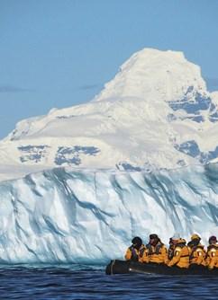 ONLINE: Antarktida - nejlepší cesta mého života (Vl. Váchal) -Kolem Světa ONLINE, stream, Praha