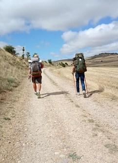 ONLINE: Pěšky z Paříže do Santiaga de Compostela -Kolem Světa, stream, Online