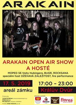 Arakain open air show na zámku a hosté