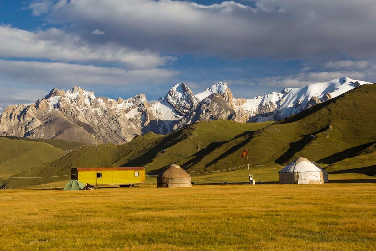 Kyrgyzstán: Trochu jiný mainstream (Jablonec nad Nisou)