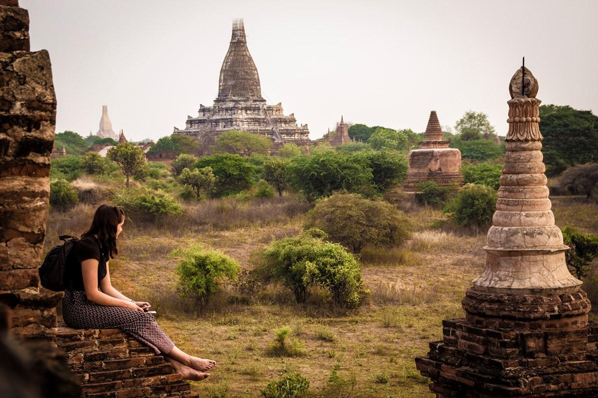 Barma / Myanmar: Pekelný ráj (Olomouc)